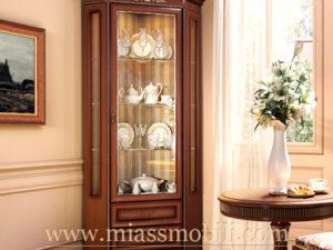Шкаф для посуды угловой орех в Миассе