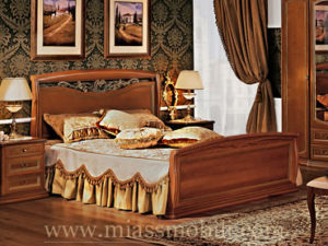 Двуспальная кровать с кованым элементом и гнутыми спинками орех в Миассе